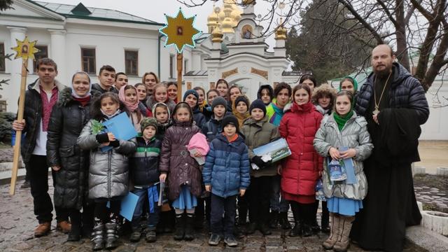 Колядки в Києво-Печерській Лаврі та Свято Введенському монастирі